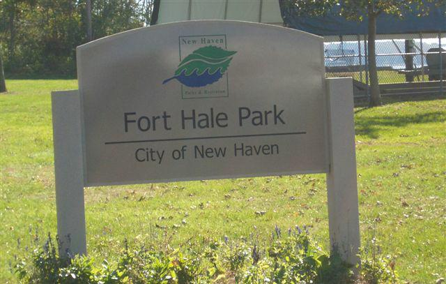Fort Hale Park Morris Cove New Haven sign