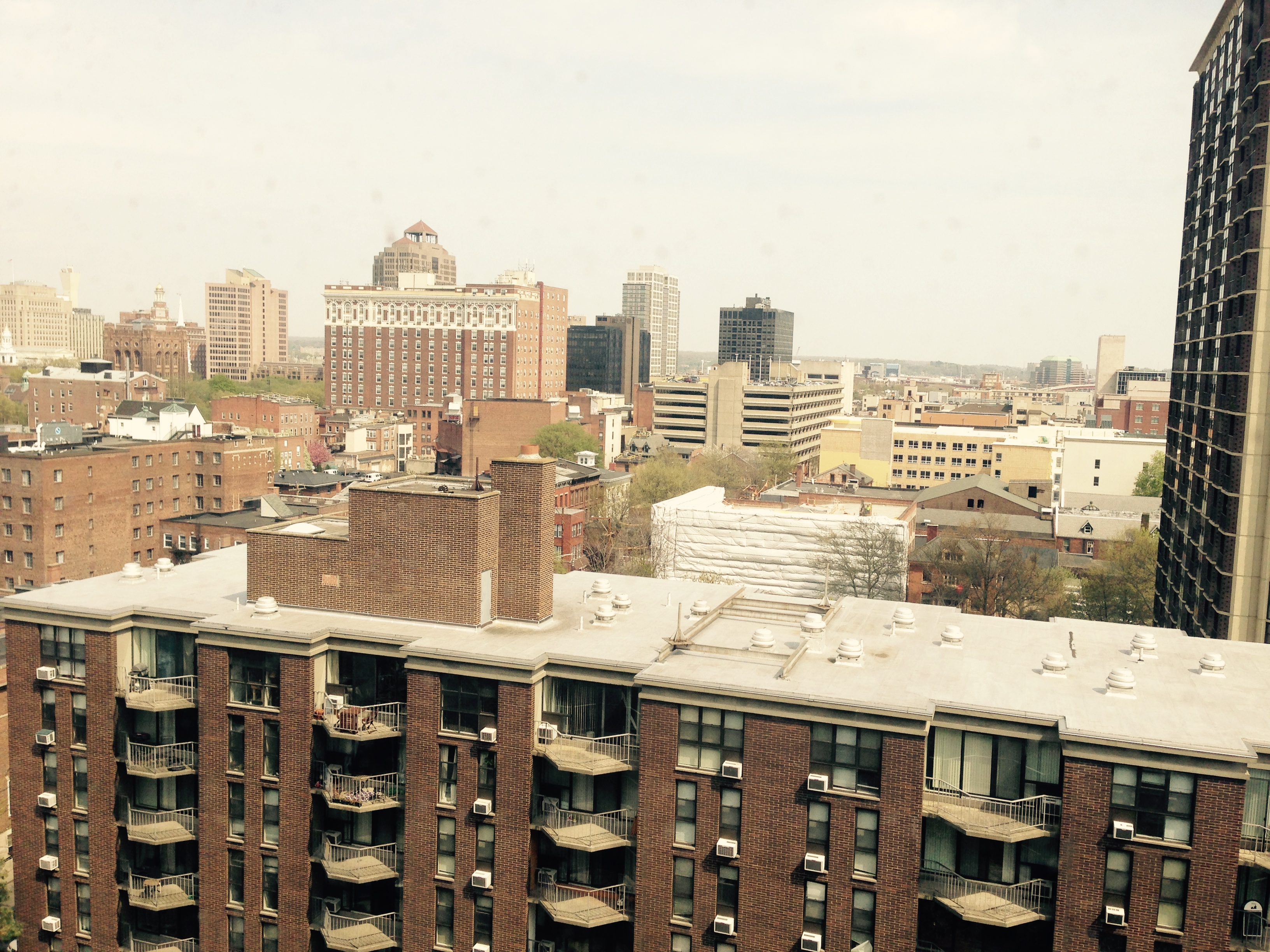 100 York St APT 14J New Haven, CT 06511 University Towers Co Op For Sale